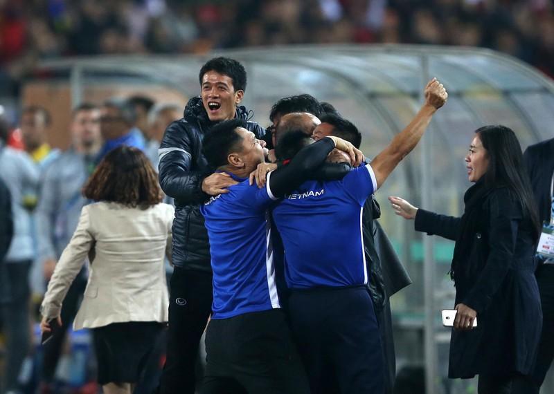 Ông Park: 'Làm HLV trưởng đội tuyển Việt Nam mệt lắm!' - ảnh 1