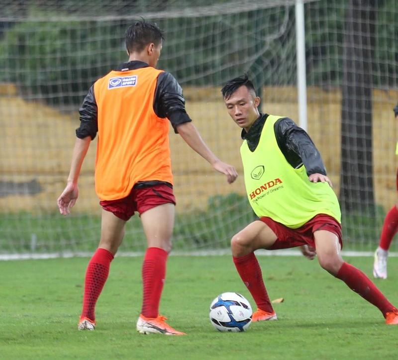 U-23 Việt Nam tập buổi đầu tiên với thầy mới Kim Han-yoon - ảnh 10