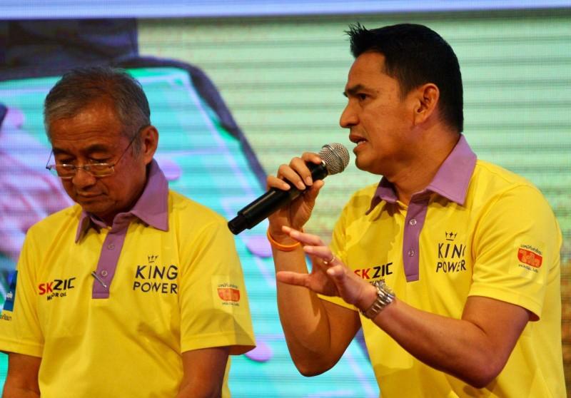 Nhìn sang ông Park, cựu tiền đạo Kiatisak lo cho bóng đá Thái - ảnh 1