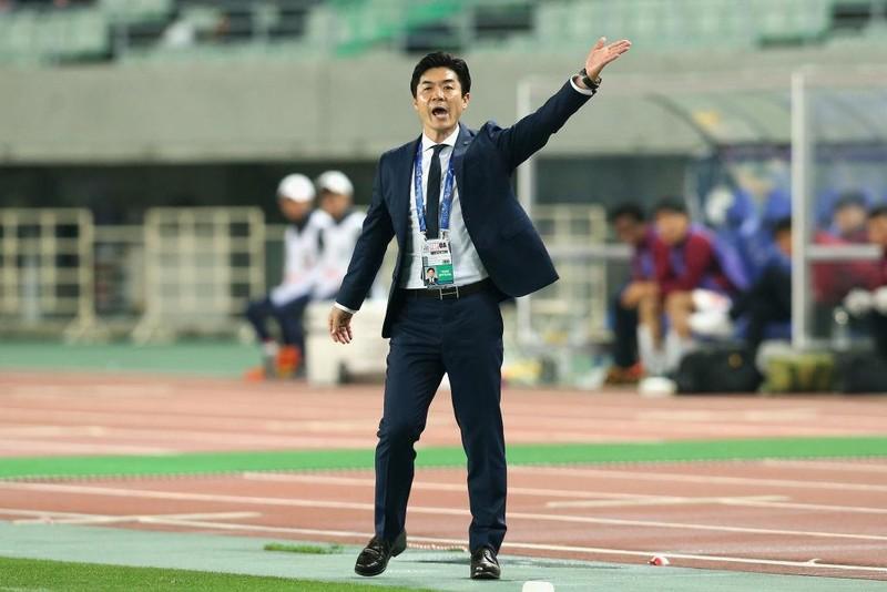 Nhìn sang ông Park, cựu tiền đạo Kiatisak lo cho bóng đá Thái - ảnh 3