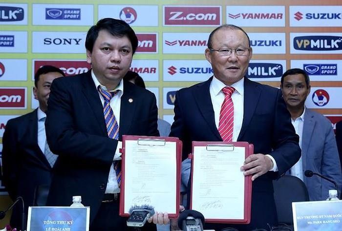 Đại diện ông Park tạm dừng đàm phán hợp đồng vì loạn thông tin - ảnh 2
