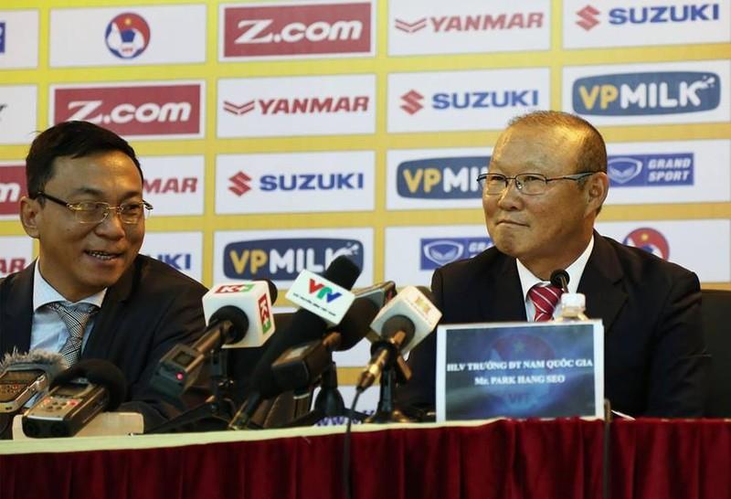 Đại diện ông Park tạm dừng đàm phán hợp đồng vì loạn thông tin - ảnh 1