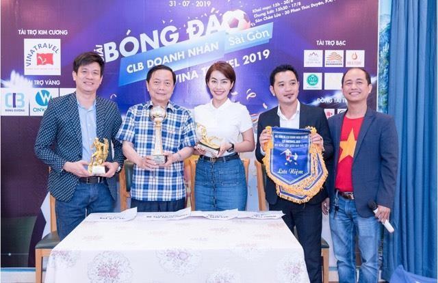 Doanh nhân Sài Gòn rộn ràng với giải bóng đá cao thượng - ảnh 8