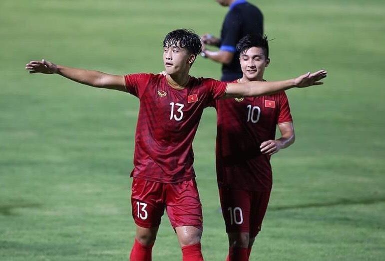 Đấu thầy cũ Hiddink, ông Park không cần Quang Hải, Martin Lo - ảnh 3