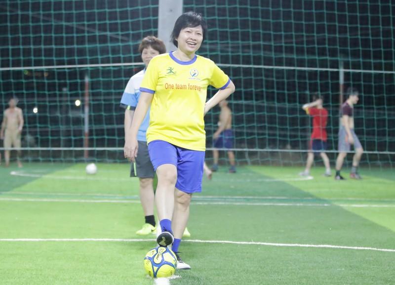 Tình yêu bất tận của những cựu tuyển thủ nữ Việt Nam - ảnh 11