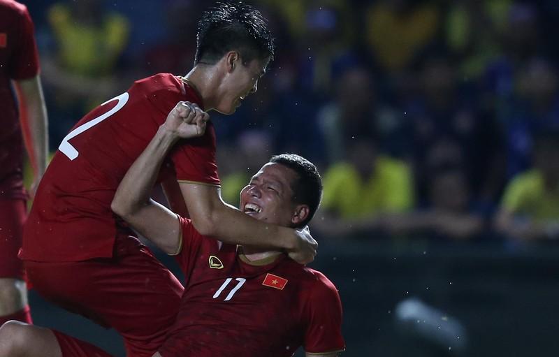 Kiatisak lại tuyên bố Thái Lan sẽ đánh bại tuyển Việt Nam - ảnh 4