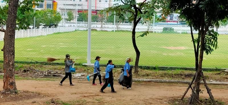 'Đột nhập' sân Thammasat trước đại chiến Thái Lan - Việt Nam - ảnh 8