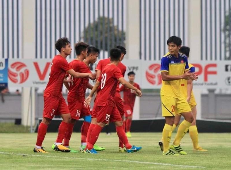 Sau trận hòa Thái, ông Park 'đấu tay đôi' Guus Hiddink - ảnh 3