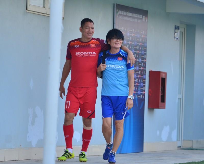 Ông Park thiếu quân trầm trọng tái đấu U-22 Việt Nam - ảnh 2
