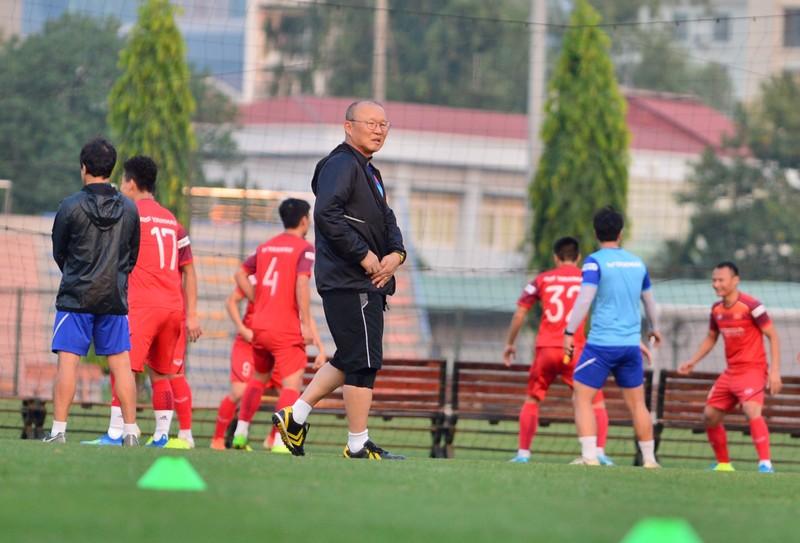 Ông Park thiếu quân trầm trọng tái đấu U-22 Việt Nam - ảnh 1