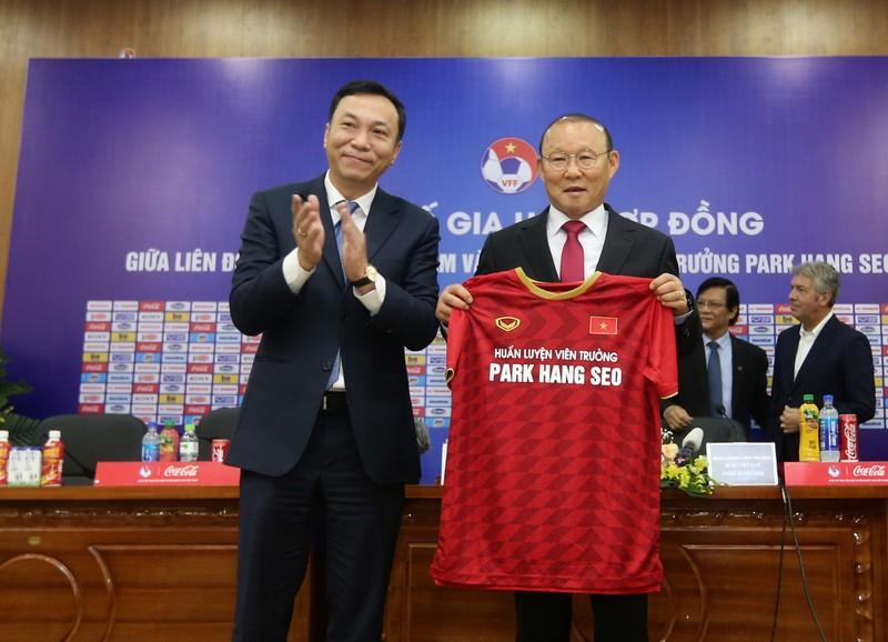 Bầu Đức, ông Park và duyên phận với bóng đá Việt Nam - ảnh 3
