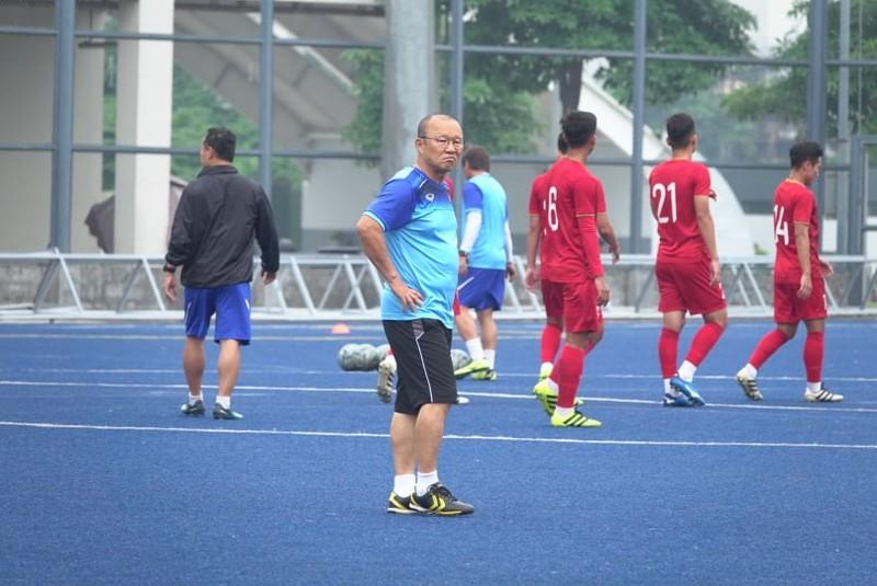 Thầy trò ông Park thư thái trước trận quyết đấu Singapore - ảnh 5