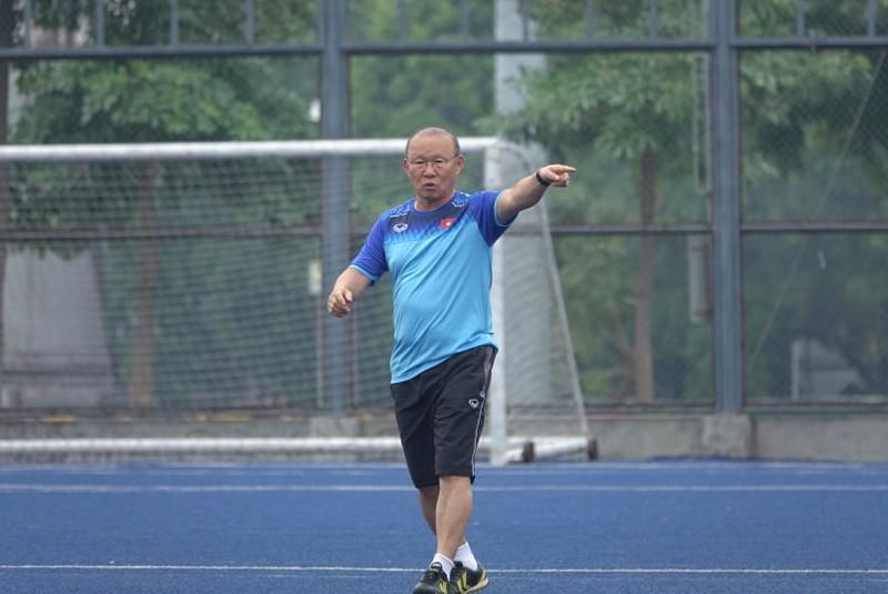 Thầy trò ông Park thư thái trước trận quyết đấu Singapore - ảnh 9