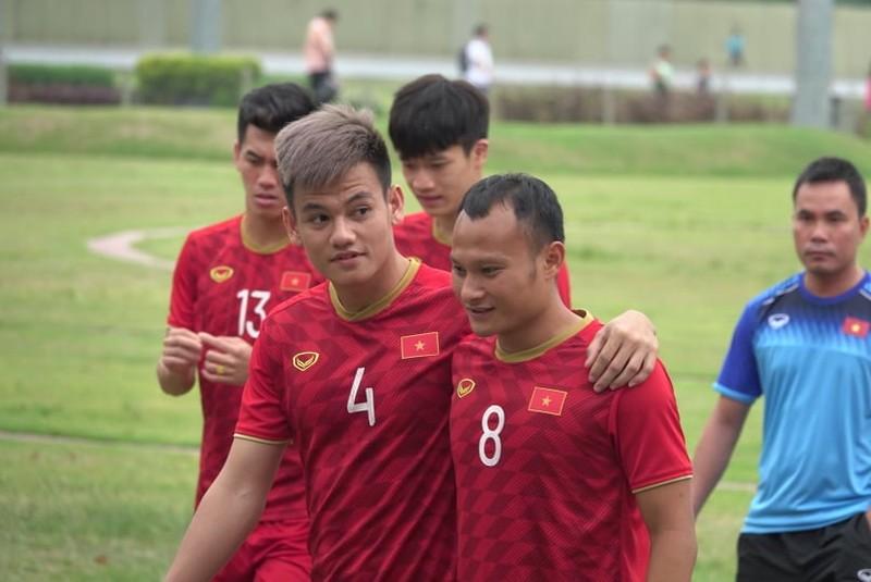 Thầy trò ông Park thư thái trước trận quyết đấu Singapore - ảnh 10