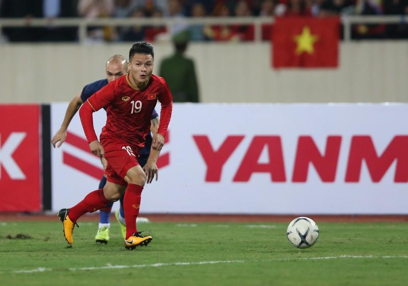 Học trò ông Park bắt buộc ghi nhiều bàn vào lưới Singapore - ảnh 1