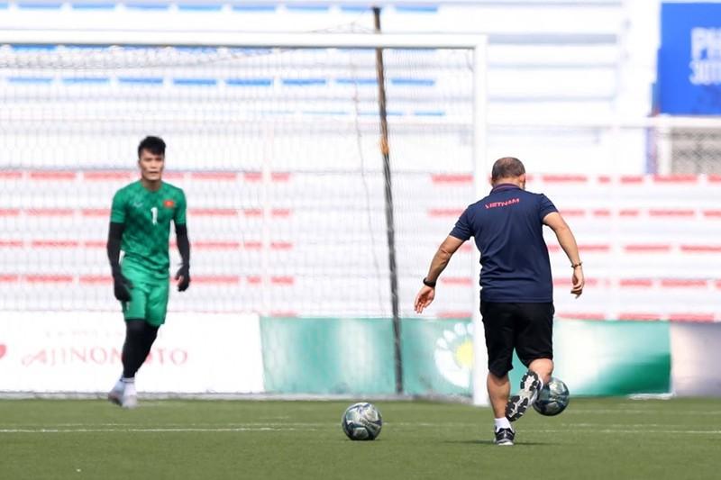 U-22 Việt Nam có quan trọng thủ môn nào ra sân gặp Campuchia? - ảnh 3