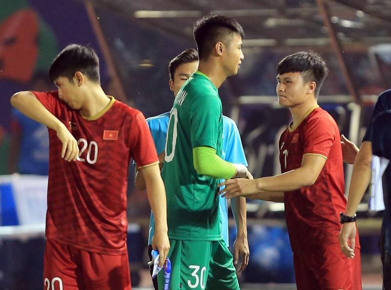 U-22 Việt Nam có quan trọng thủ môn nào ra sân gặp Campuchia? - ảnh 1