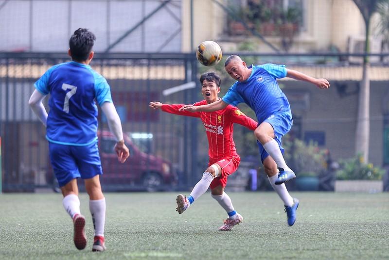 NSND Việt Anh chơi bóng từ thiện với các nhà vô địch SEA Games - ảnh 13