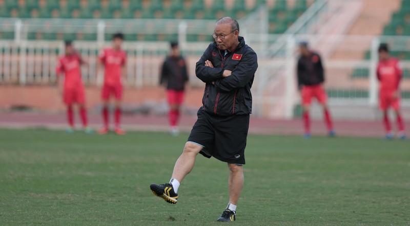 Thua Bahrain 1-2, thầy trò ông Park chấm dứt kỷ lục bất bại - ảnh 1