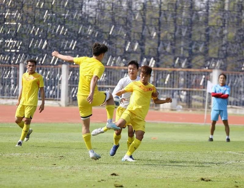 Quang Hải và đồng đội thanh thản trước trận đấu khó Triều Tiên - ảnh 4