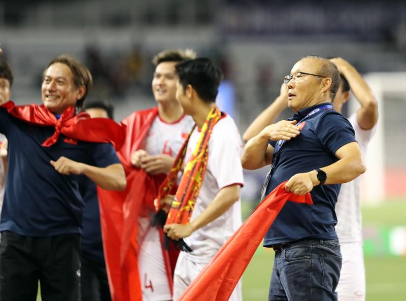 Bầu Đức: 'Tôi đã hết lòng với ông Park và bóng đá Việt Nam!' - ảnh 3