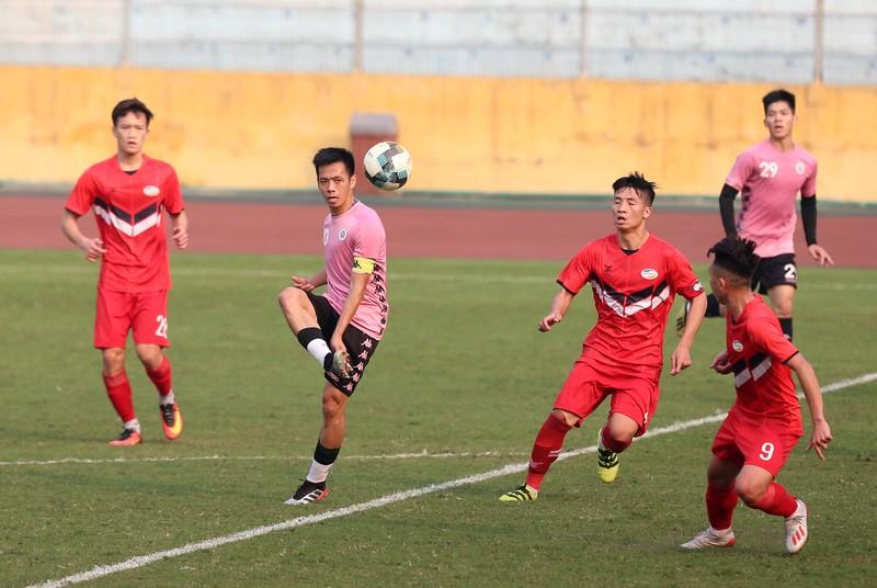 Dàn tuyển thủ Việt Nam giao đấu trên sân Hàng Đẫy - ảnh 7