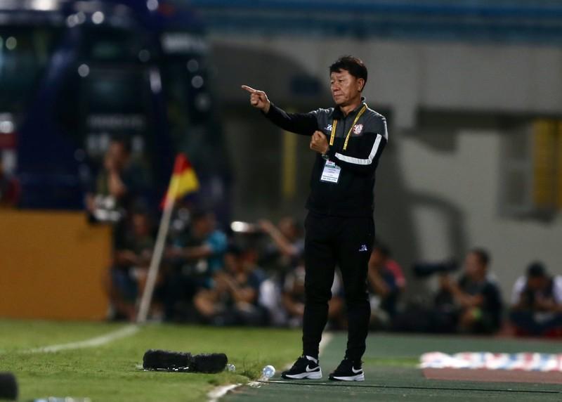 CLB TP.HCM muốn mua Lee Nguyễn thật hay chỉ tạo scandal? - ảnh 1