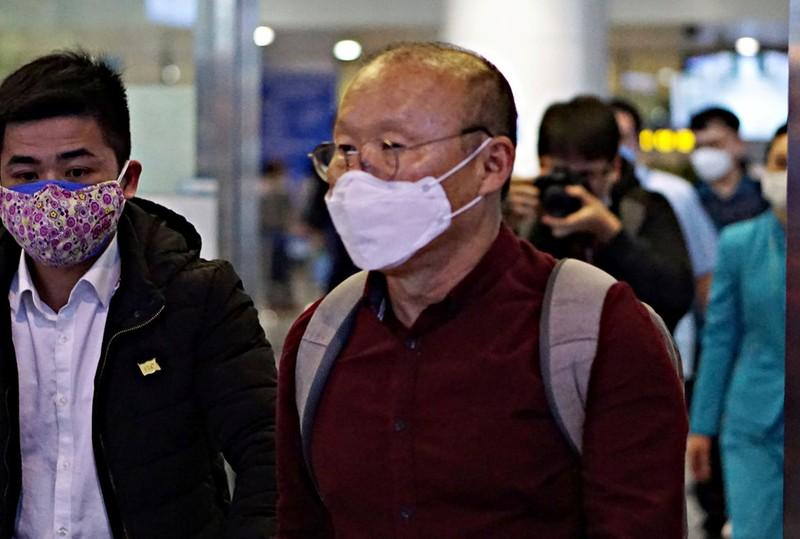 Sau ông Park, đến lượt Nishino và Cheng Hoe khổ vì COVID-19 - ảnh 1