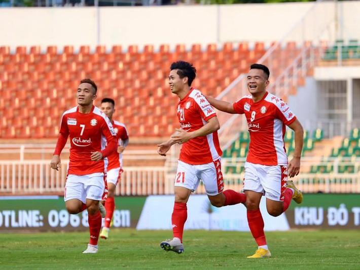 AFC hoãn vô thời hạn các trận đấu có TP.HCM và Than Quảng Ninh - ảnh 1