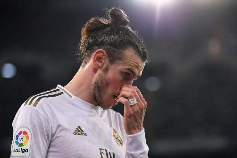 Vì sao cầu thủ ở Tây Ban Nha sợ ra sân? - ảnh 1