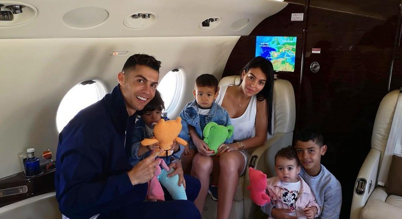 Những chuyện ít người biết về trái tim nhân ái của Ronaldo - ảnh 1