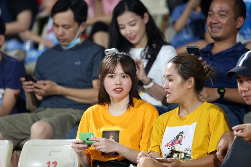 Thầy Park, bạn gái 'kèm sát' Quả bóng bạc Quang Hải - ảnh 5