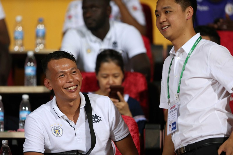 Thầy Park, bạn gái 'kèm sát' Quả bóng bạc Quang Hải - ảnh 14