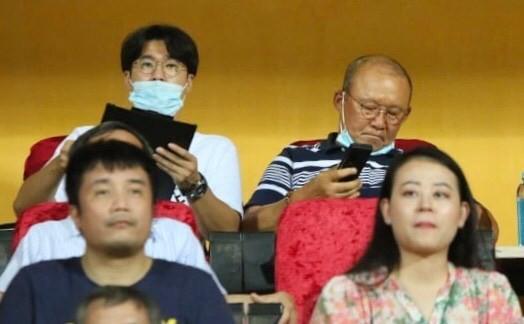 Viettel lại thua, thầy Park đau đầu với Quế Ngọc Hải - ảnh 3