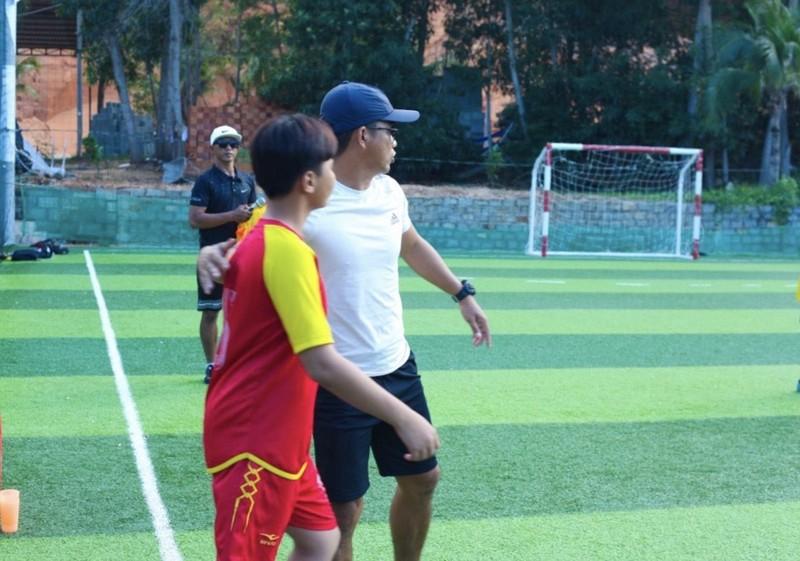 Vui khỏe với lớp bóng đá Lê Thanh Phong - ảnh 6