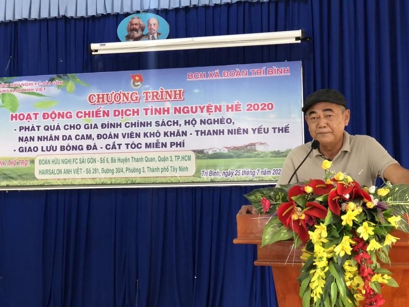 NSND Việt Anh và Hữu Nghị FC vui thiện nguyện ở Tây Ninh - ảnh 1