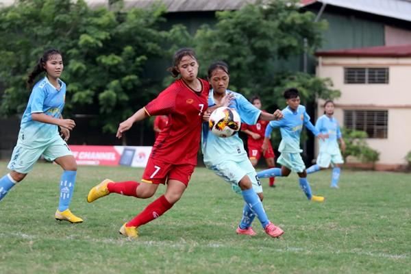 Lạ lùng giải vô địch U-16 nữ quốc gia vẫn lăn bóng mùa dịch - ảnh 3