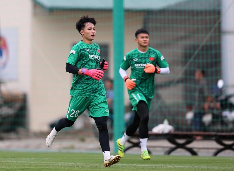 Cầu thủ hạng nhất, hạng nhì ồ ạt lên tuyển U-22 Việt Nam - ảnh 2