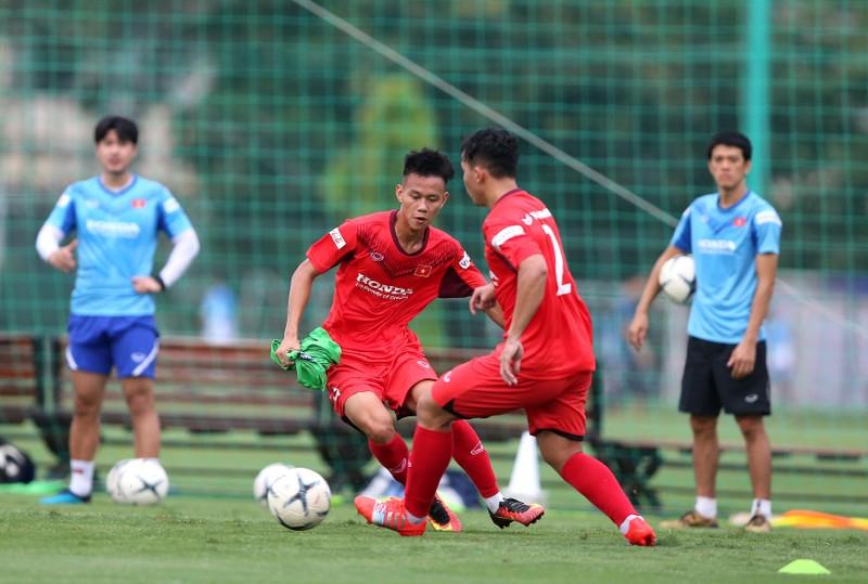 Cầu thủ hạng nhất, hạng nhì ồ ạt lên tuyển U-22 Việt Nam - ảnh 3