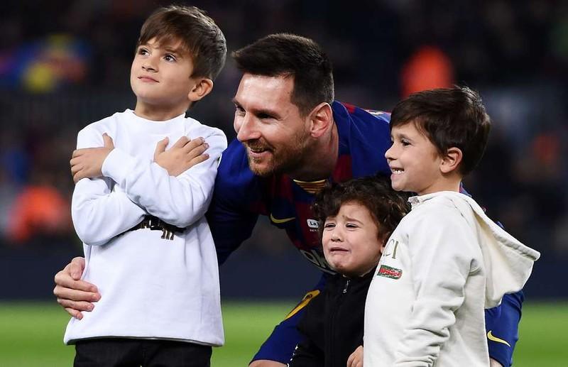 Sốc: Sự thật đau lòng khiến Messi không thể rời Barcelona - ảnh 2