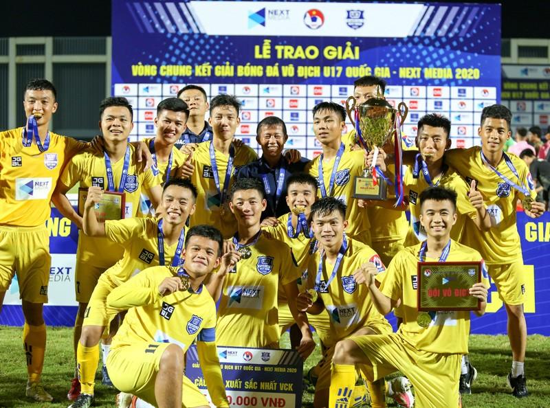Cầu thủ HA Gia Lai lên tuyển quốc gia nhiều hơn đội vô địch - ảnh 2