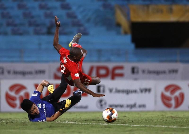 Bầu Đức cho dưỡng sức cầu thủ, chờ đánh bại Sài Gòn FC - ảnh 2