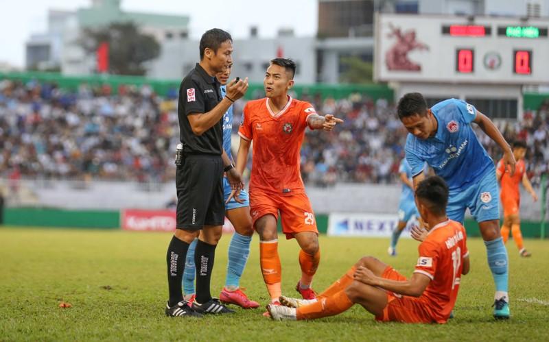 Sau 12 năm nhọc nhằn, Bình Định đã thăng hạng  - ảnh 13