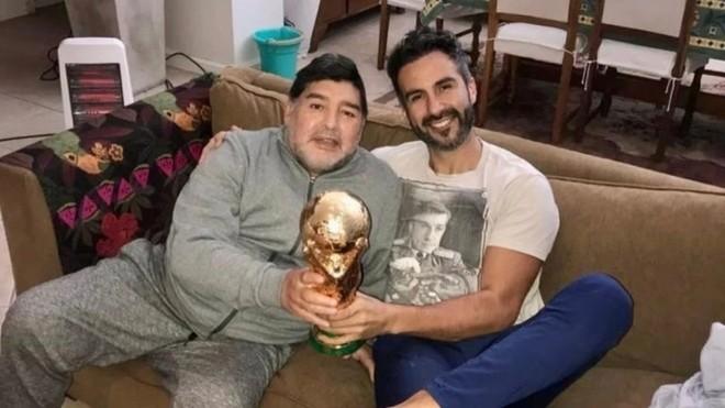 Cảnh sát Argentina 'sờ gáy' bác sĩ của Maradona - ảnh 1