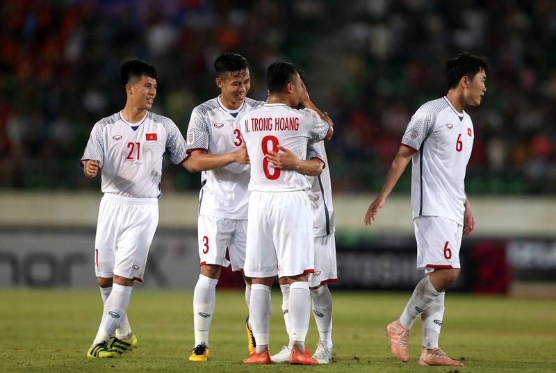 Thầy trò ông Park đá 'chung kết' với UAE, dè chừng Thái Lan - ảnh 3