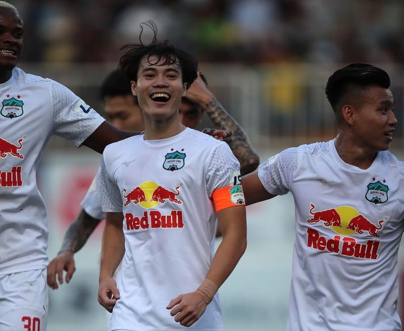 Kiatisak chấn chỉnh HA Gia Lai, lo đối đầu Hà Nội FC - ảnh 1