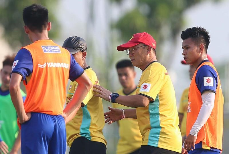35 tuyển thủ Việt Nam không tập trung ở Quy Nhơn - ảnh 2