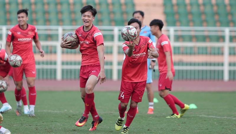 35 tuyển thủ Việt Nam không tập trung ở Quy Nhơn - ảnh 1
