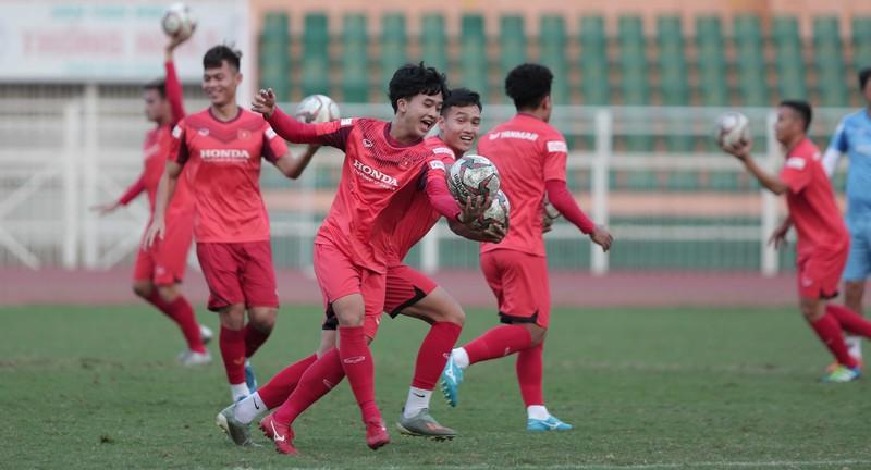 Thầy Park triệu tập 34 tuyển thủ trẻ rèn luyện cho SEA Games - ảnh 2
