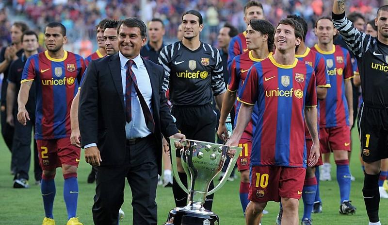 La Liga chính thức xóa tên Messi khỏi trang chủ do chưa ký với Barca - ảnh 1